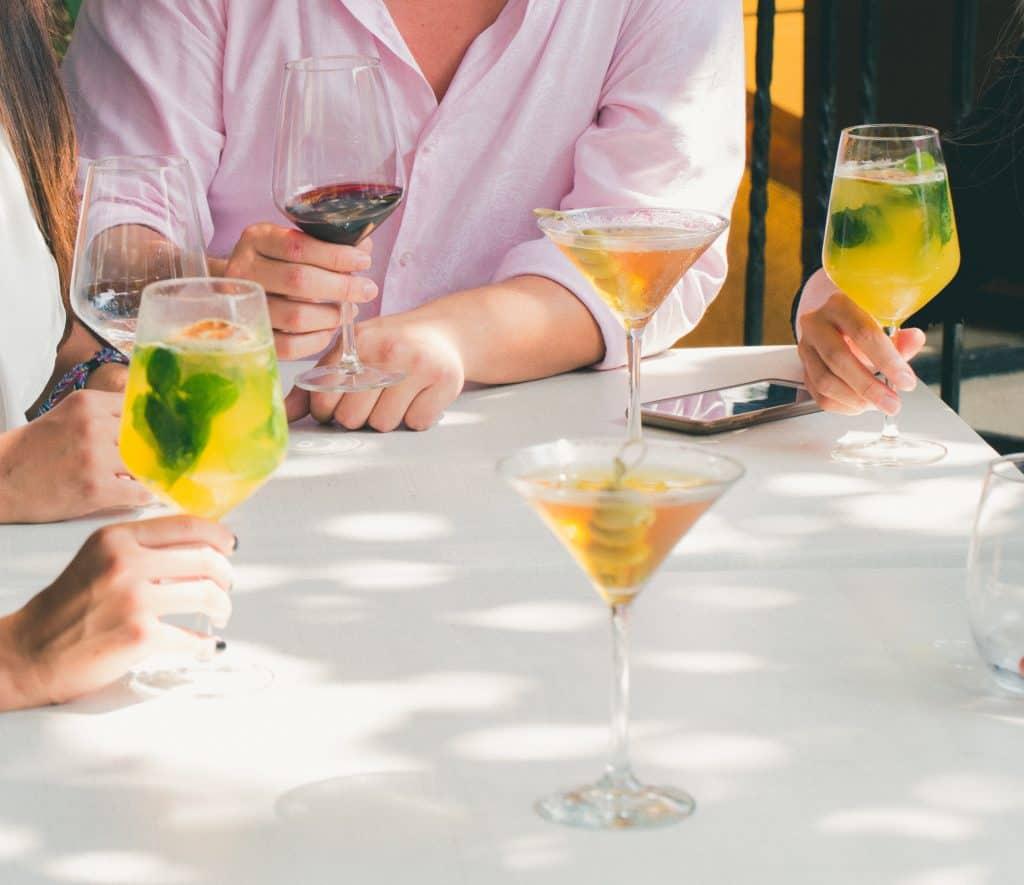 Spożywanie alkoholu